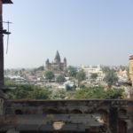 Blick auf die beiden Tempel in der Altstadt von Orchha vom Raja Mahal aus